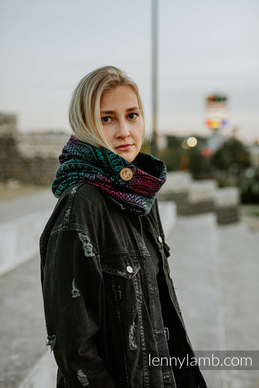 Lenny Lamb - Snood Scarf (Outer fabric - 60% combed cotton PEACOCK S TAIL BLACK OPAL BLACK